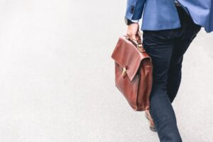 仕事をすぐに辞めれる辞め方を知りたい!:退職方法を解説
